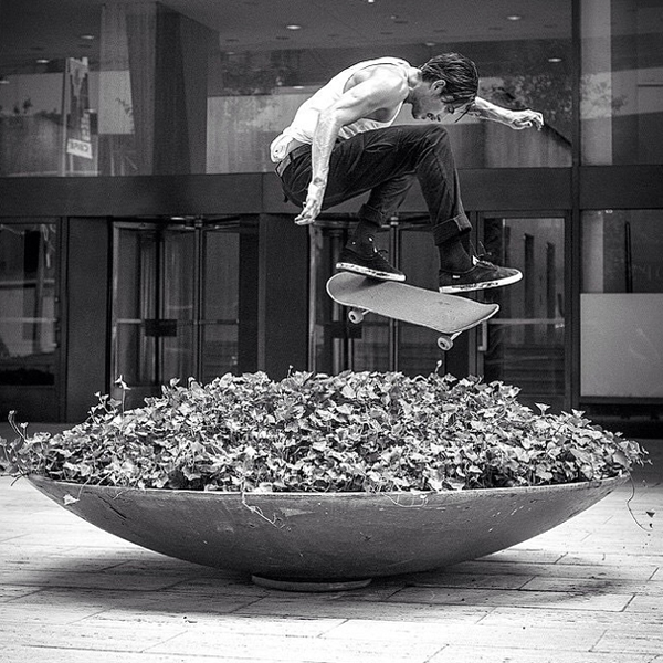 "0d13edb4ba dylan rieder frontside flip ny planter atibaphoto. ""Dylan Rieder s  contribution ..."